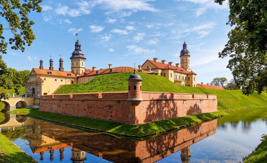 Belarus castles Nesvezh