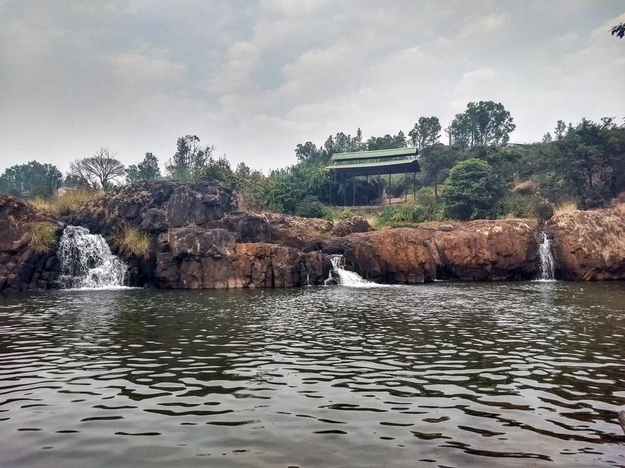 Small Lingmala waterfalls