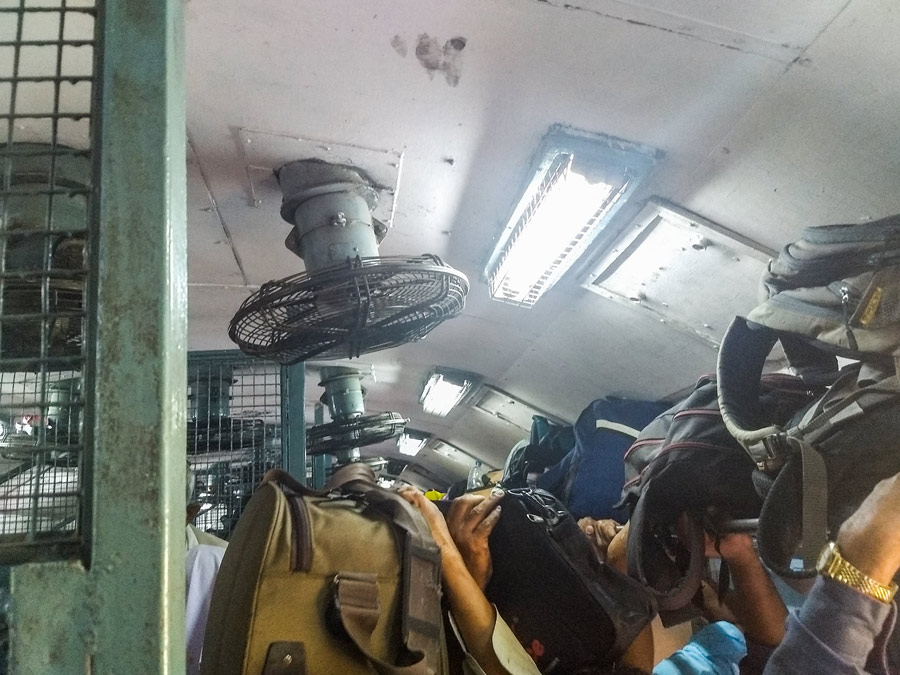 Unreserved train India