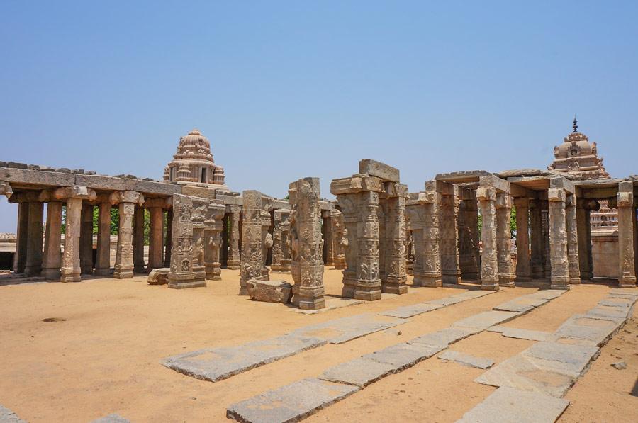 Veerabhadra temple sculptures