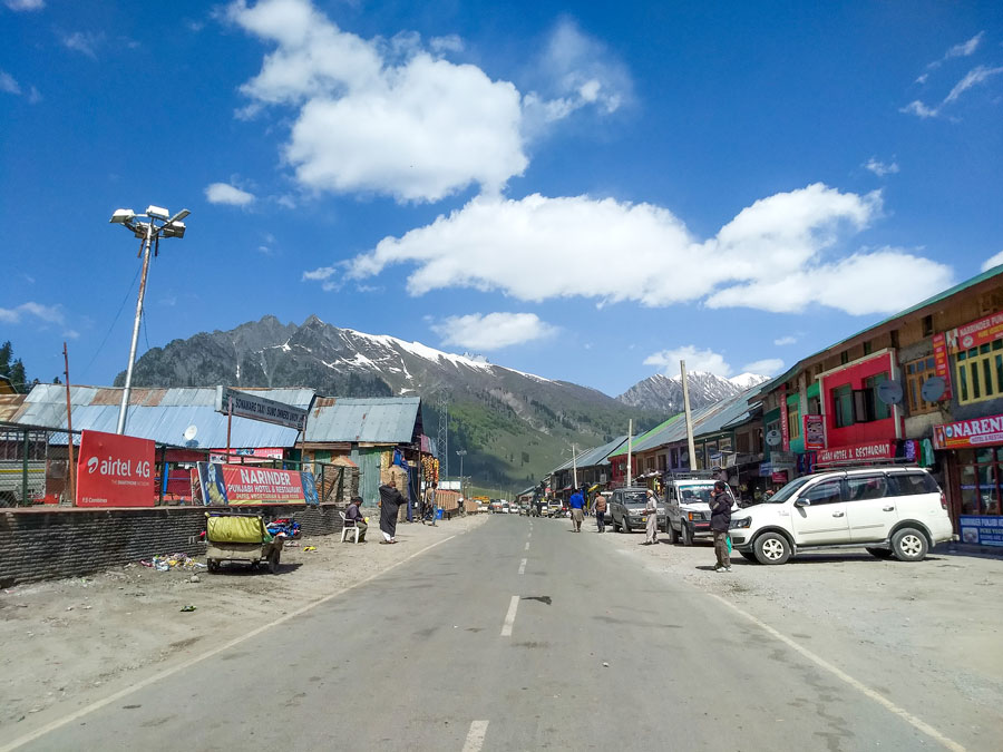 Sonamarg taxi stand